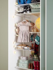 Elfa rangement pour chambre enfant dans votre maison