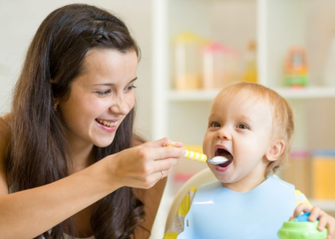 une baby-sitter