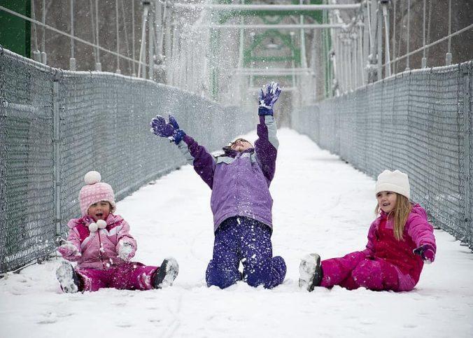 Doudoune ou manteau pour enfant : que choisir ?